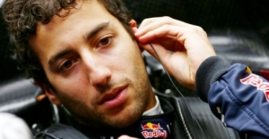 1022.6666666666666x767__origin__0x0_Daniel_Ricciardo4