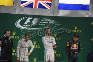 Lewis Hamilton wins the Brazilian GP ahead of Nico Rosberg in second place and Max Verstappen in third place. All rights reserved to Sutton Images.